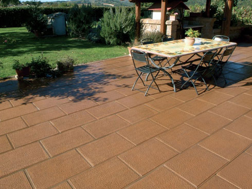 Catalogue of Italian external paving slabs and flags, garden paving and public paving products